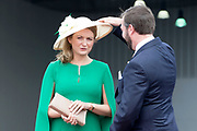 Staatsbezoek aan Luxemburg dag 1 / State visit to Luxembourg day 1<br /> <br /> Op de foto / On the photo: Aankomst op Vliegveld Luxemburg met Erfgroothertog Guillaume en Erfgroothertogin Stephanie van Luxemburg / Arrival at Airport Luxembourg with Grand Ducal Guillaume and Erfgroothertogin Stephanie of Luxembourg