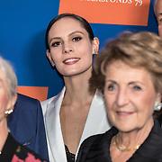 NLD/Amsterdam/20191114 - Prinses Beatrix en Prinses Margriet bij jubileum Dansersfonds, Prinses Margriet en Igone de Jongh