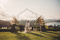 styled wedding photoshoot on the coromandel at stone terrace wedding venue hotwater beacy felicity jean photography stone terrace wedding photos