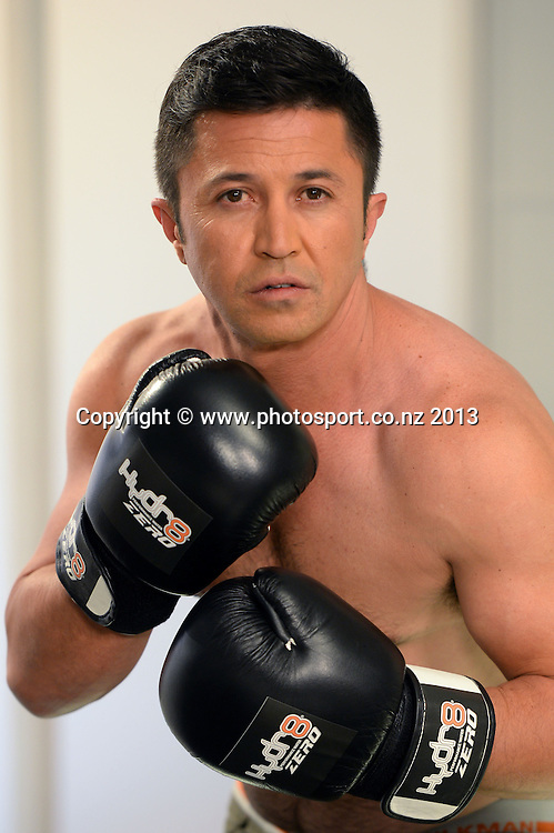 Radio DJ Mike Puru of The Edge poses for boxing promotion pictures.<br /> Photo: Andrew Cornaga / Photosport. Wednesday 4 September 2013.