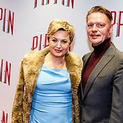 NLD/Amsterdam/20160310 - Premiere Pippin, Vera Mann en partner Gertjan Martens