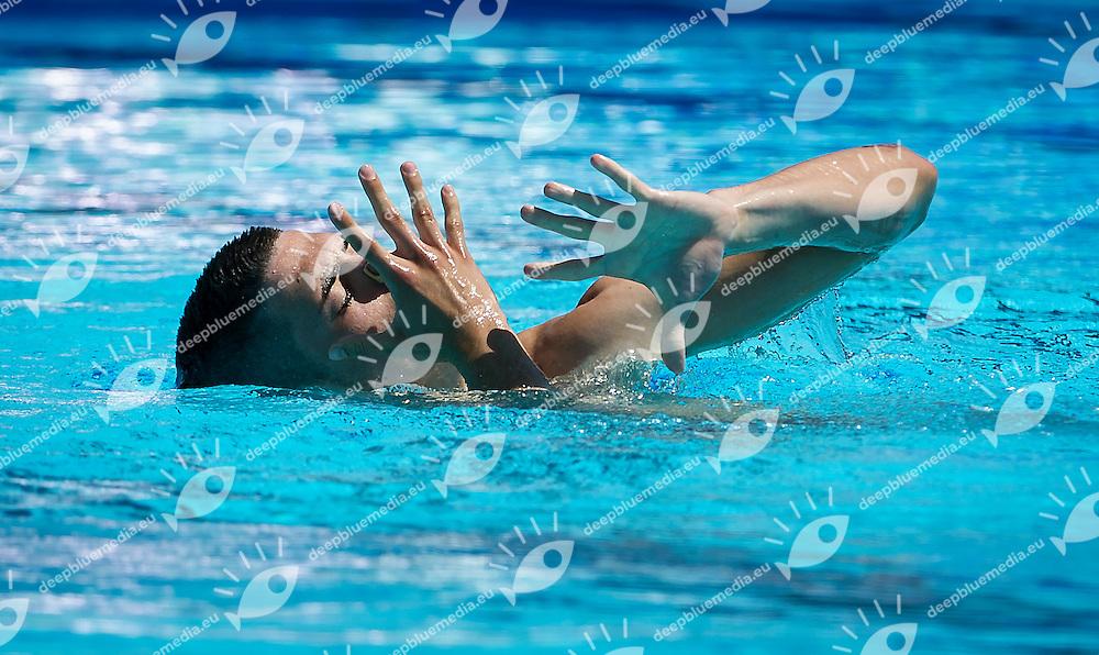 Giorgio Minisini OLGIATA 2012<br /> semifinale Solo<br /> Roma 6 - 8 giugno, Campionato Assoluto Estivo di nuoto sincronizzato<br /> <br /> PHOTO by R.Pannunzi/Deepbluemedia.eu