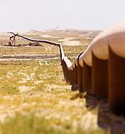 Oil & Gas pipeline along Kuwait border with Saudi Arabia (PNZ)