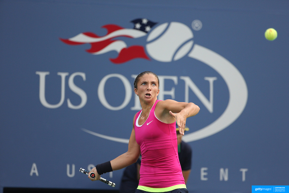 Sara Errani, Italy , in action against Serena Williams, USA,  in the Women's Singles Semi-Final during the US Open Tennis Tournament, Flushing, New York. USA. 6th September 2012. Photo Tim Clayton