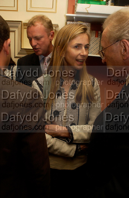 Alice Thompson. Spectator party. Doughty St. London. 28 July 2005. ONE TIME USE ONLY - DO NOT ARCHIVE  © Copyright Photograph by Dafydd Jones 66 Stockwell Park Rd. London SW9 0DA Tel 020 7733 0108 www.dafjones.com