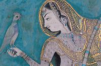 Inde. Rajasthan. Bundi. Peinture murale dans le palais. Princesse à l'oiseau. Chitra Shala (18é-19é siecle)// India. Rajasthan. Bundi. Painting inside the palace. Princess with a bird. Chitra Shala (18é-19é century)