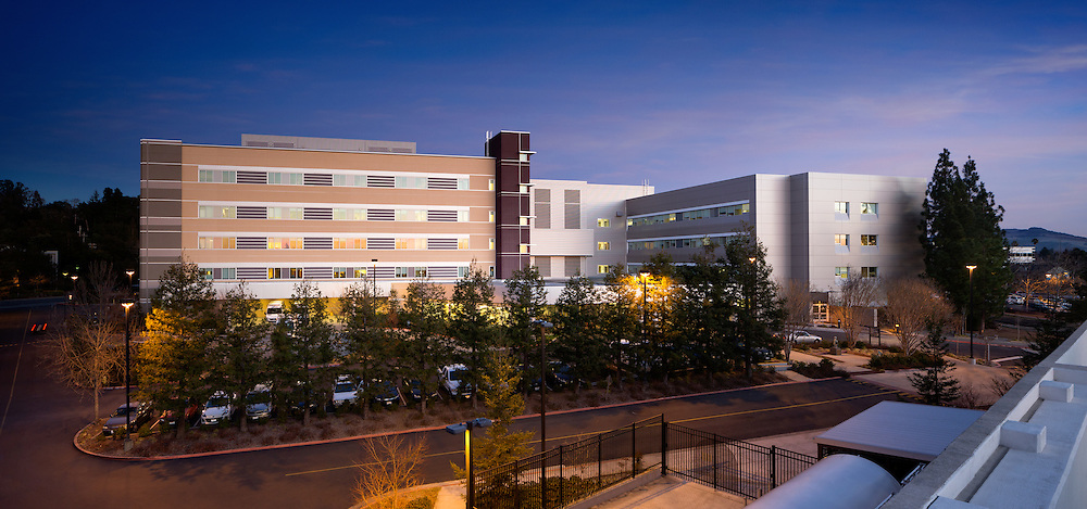Reclad Project Healthcare Infrastructure - Architectural Example of Chip Allen Photography.