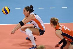 04-01-2016 TUR: European Olympic Qualification Tournament Nederland - Duitsland, Ankara <br /> De Nederlandse volleybalvrouwen hebben de eerste wedstrijd van het olympisch kwalificatietoernooi in Ankara niet kunnen winnen. Duitsland was met 3-2 te sterk (28-26, 22-25, 22-25, 25-20, 11-15) / Myrthe Schoot #9