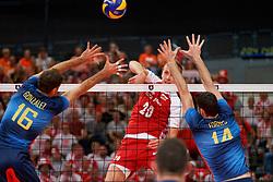 21-09-2019 NED: EC Volleyball 2019 Poland - Spain, Apeldoorn<br /> 1/8 final EC Volleyball / Mateusz Bieniek #20 of Poland