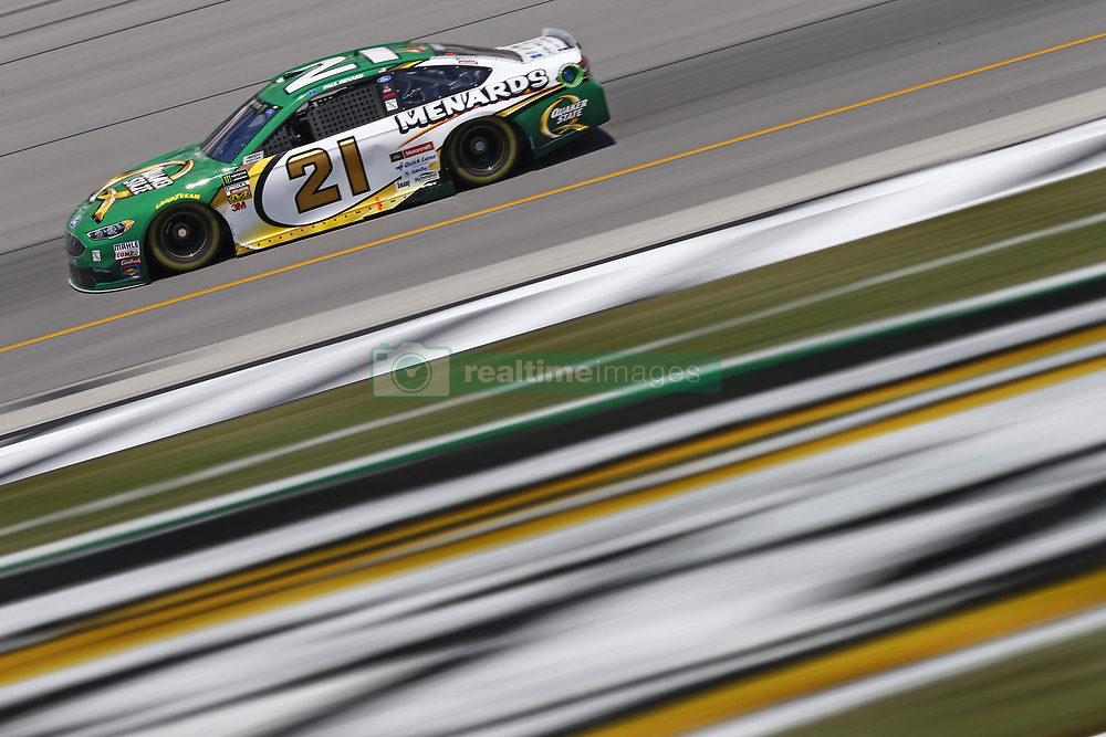 July 13, 2018 - Sparta, Kentucky, United States of America - Paul Menard (21) brings his race car down the front stretch during practice for the Quaker State 400 at Kentucky Speedway in Sparta, Kentucky. (Credit Image: © Chris Owens Asp Inc/ASP via ZUMA Wire)