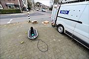 Nederland, The Netherlands, Nijmegen, 6-3-2015Personeel, medewerkers, van het technisch installatieconcern Imtech doen aanpassingen aan de verkeerslichten op een kruispunt in de stad.Imtech is een Europese technische dienstverlener. Ze combineren hoogwaardige elektrotechniek, automatisering en werktuigbouw.Foto: Flip Franssen/ Hollandse Hoogte
