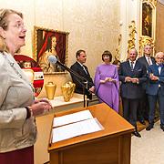 NLD/Den Haag/20190919 - Prinses Margarita exposeert op Masterly The Hague, Burgemeester Pauline Krikke opent de expositie