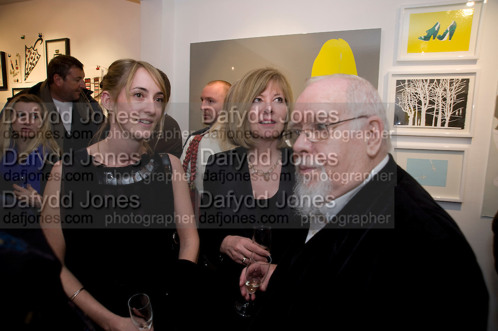 POPPY DE VILLENEUVE; LADY BLAKE; SIR PETER BLAKE, NO LOVE LOST, Private view for Natasha Law and Daisy de Villeneuve exhibition at Eleven ,  Victoria. London.  31 March 2009