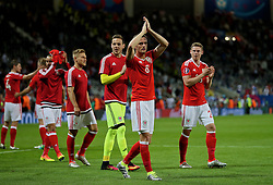 TOULOUSE, FRANCE - Monday, June 20, 2016: Wales' Andy King celebrates the 3-0 victory over Russia and reaching the knock-out stage during the final Group B UEFA Euro 2016 Championship match at Stadium de Toulouse. (Pic by David Rawcliffe/Propaganda)