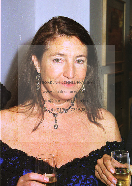 LADY VICTORIA WAYMOUTH at an exhibition in London on 26th October 1998.MLF 45