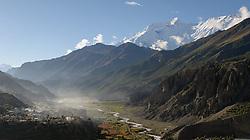 THEMENBILD - Trekkingtour in Nepal um die Annapurna Gebirgskette im Himalaya Gebirge. Das Bild wurde im Zuge einer 210 Kilometer langen Wanderung im Annapurna Gebiet zwischen 01. September 2012 und 15. September 2012 aufgenommen. im Bild durch das Manangtal zieht sich der Fluss Marsyangdi, zur linken liegt das Dorf Manang auf 3519 m Seehöhe, rechts oben im Bild die 7937 m hohe Annapurna II // THEME IMAGE FEATURE - Trekking in Nepal around Annapurna massif at himalaya mountain range. The image was taken between september 1. 2012 and september 15. 2012. Picture shows manang valley with the village manang and the 7937 m high Annapurna II, NEP, EXPA Pictures © 2012, PhotoCredit: EXPA/ M. Gruber