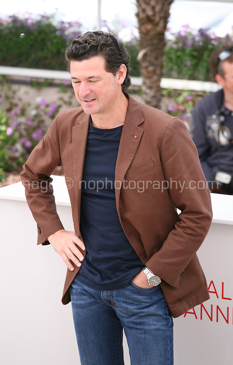 Julio Medem at the 7 Dias En La Habana photocall at the 65th Cannes Film Festival France. Wednesday 23rd May 2012 in Cannes Film Festival, France.