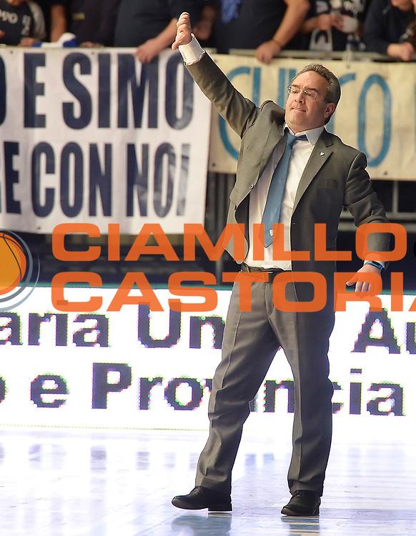 DESCRIZIONE : Cantu' Lega A 2014-2015 Acqua Vitasnella Cantu' Acea Virtus Roma<br /> GIOCATORE : Stefano Sacripanti<br /> CATEGORIA : allenatore coach<br /> SQUADRA : Acqua Vitasnella Cantu'<br /> EVENTO : Campionato Lega A 2014-2015<br /> GARA : Acqua Vitasnella Cantu' Acea Virtus Roma<br /> DATA : 11/01/2015<br /> SPORT : Pallacanestro<br /> AUTORE : Agenzia Ciamillo-Castoria/R.Morgano<br /> GALLERIA : Lega Basket A 2014-2015<br /> FOTONOTIZIA : Cantu' Lega A 2014-2015 Acqua Vitasnella Cantu' Acea Virtus Roma<br /> PREDEFINITA :