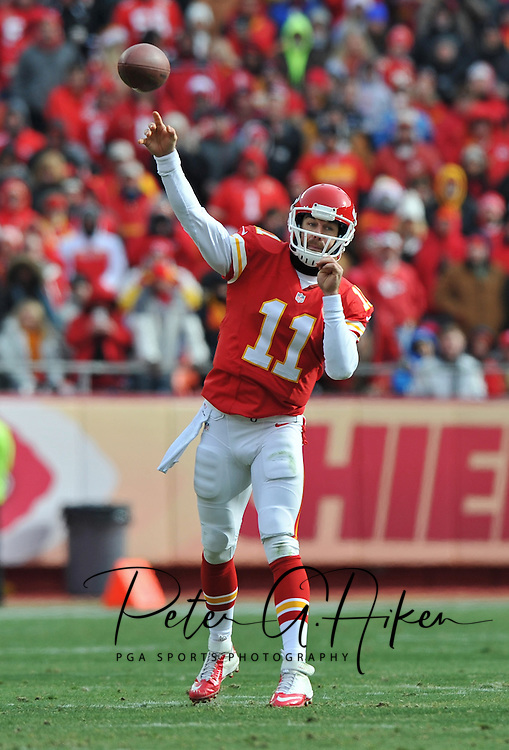 KANSAS CITY, MO - NOVEMBER 24:  Quarterback Alex Smith #11 of the Kansas City Chiefs throws a pass against the San Diego Chargers during the first half on November 24, 2013 at Arrowhead Stadium in Kansas City, Missouri. (Photo by Peter G. Aiken/Getty Images) *** Local Caption *** Alex Smith