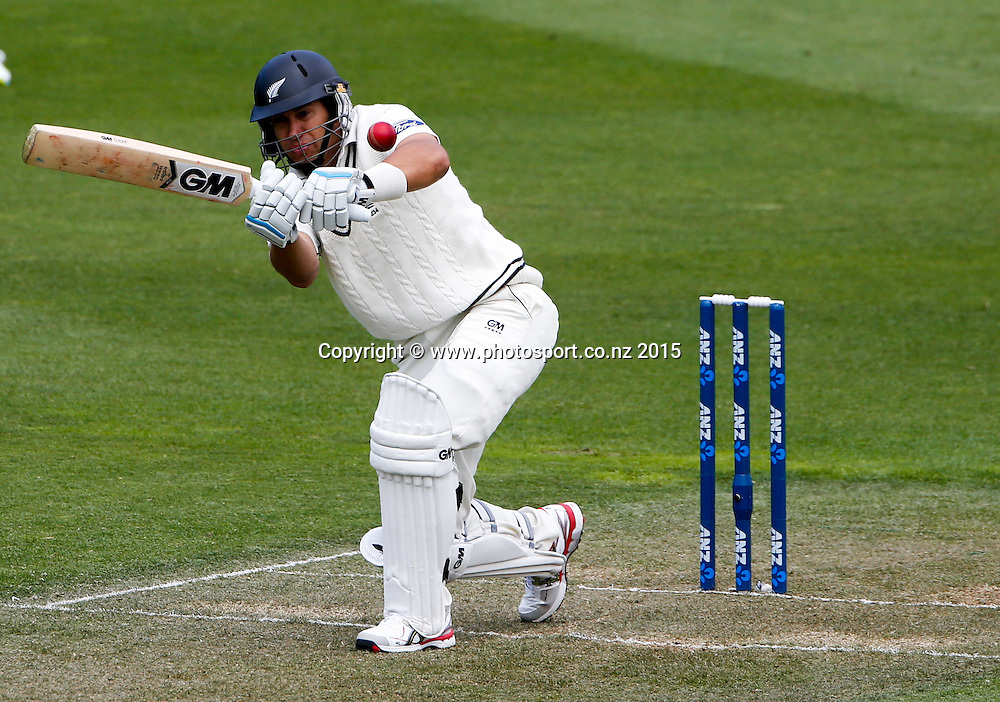 Ross Taylor plays a shot.  First day, second test, ANZ Cricket Test series, New Zealand Black Caps v Sri Lanka, 03 January 2015, Basin Reserve, Wellington, New Zealand. Photo: John Cowpland / www.photosport.co.nz