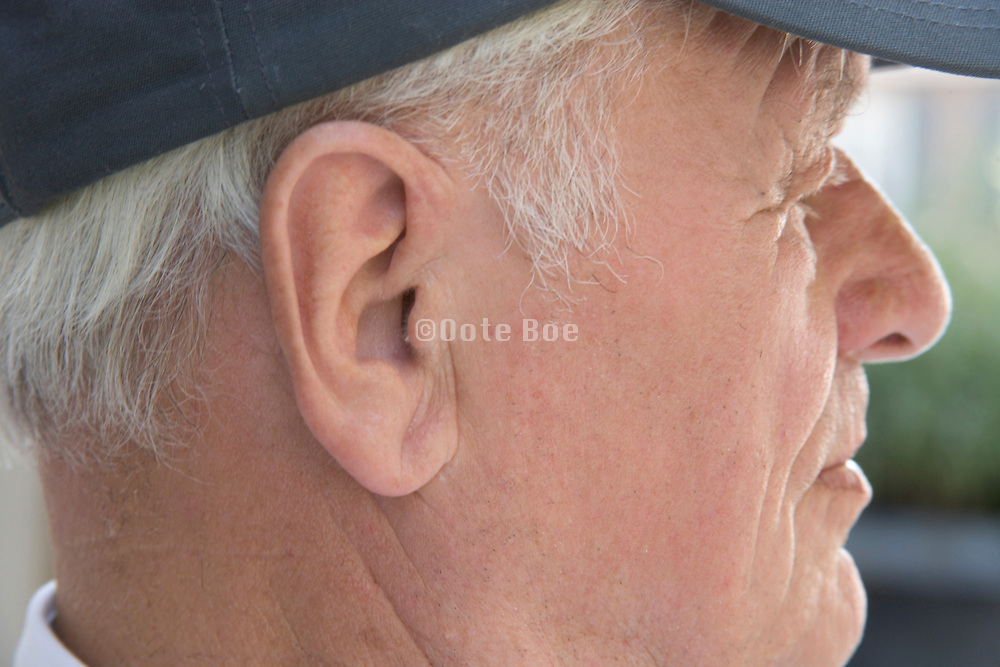 close up of the head of an elderly man