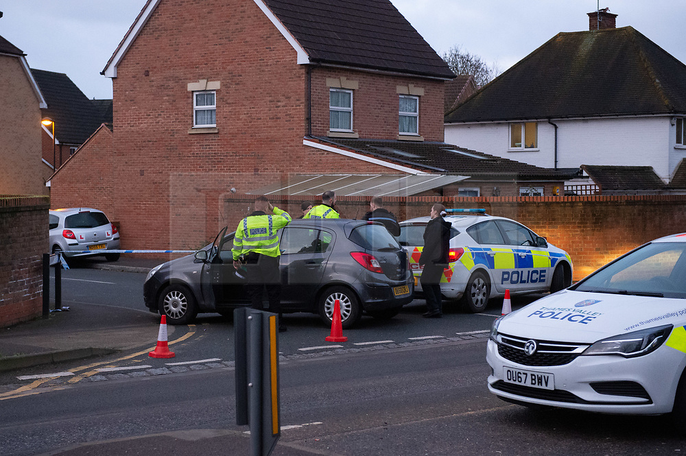 © Licensed to London News Pictures. 05/01/2020. Slough, UK. Thames Valley Police maintain a cordon in Slough at a suspected murder scene, local residents reported that a teenage boy was stabbed on the evening of Saturday 4th January and rushed to Wexham Park hospital where he later died. Photo credit: Peter Manning/LNP