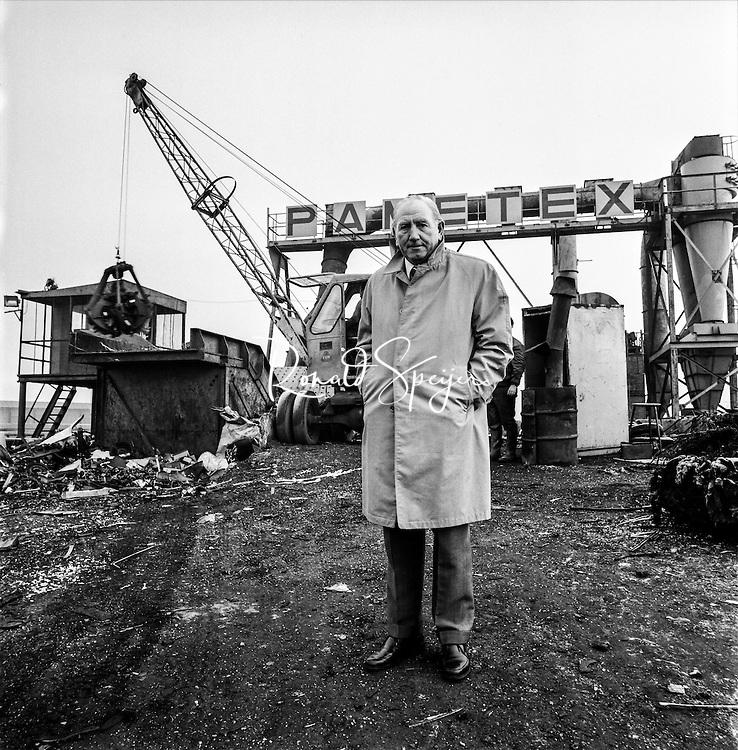 Den Haag 01-05-1971 Binckhorst<br /> Loek Kroesemeijer directeur van sloopbedrijf Pametex bijgenaamd de 'Schrootkoning'<br /> <br /> ©Ronald Speijer