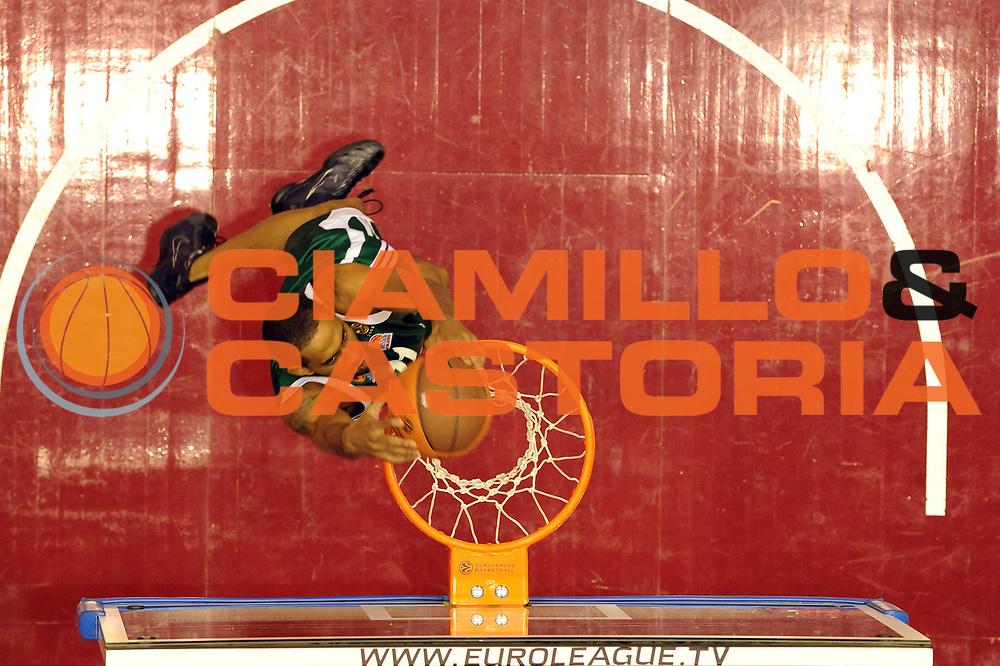 DESCRIZIONE : Milano Eurolega 2009-10 Armani Jeans Milano Panathinaikos Atene<br /> GIOCATORE : Drew Nicholas<br /> SQUADRA : Panathinaikos Atene<br /> EVENTO : Eurolega 2009-2010<br /> GARA : Armani Jeans Milano Panathinaikos Atene<br /> DATA : 22/10/2009 <br /> CATEGORIA : special schiacciata<br /> SPORT : Pallacanestro <br /> AUTORE : Agenzia Ciamillo-Castoria/G.Ciamillo