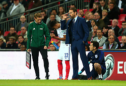 England Manager Gareth Southgate urges his players to concentrate - Mandatory by-line: Robbie Stephenson/JMP - 05/10/2017 - FOOTBALL - Wembley Stadium - London, United Kingdom - England v Slovenia - World Cup qualifier