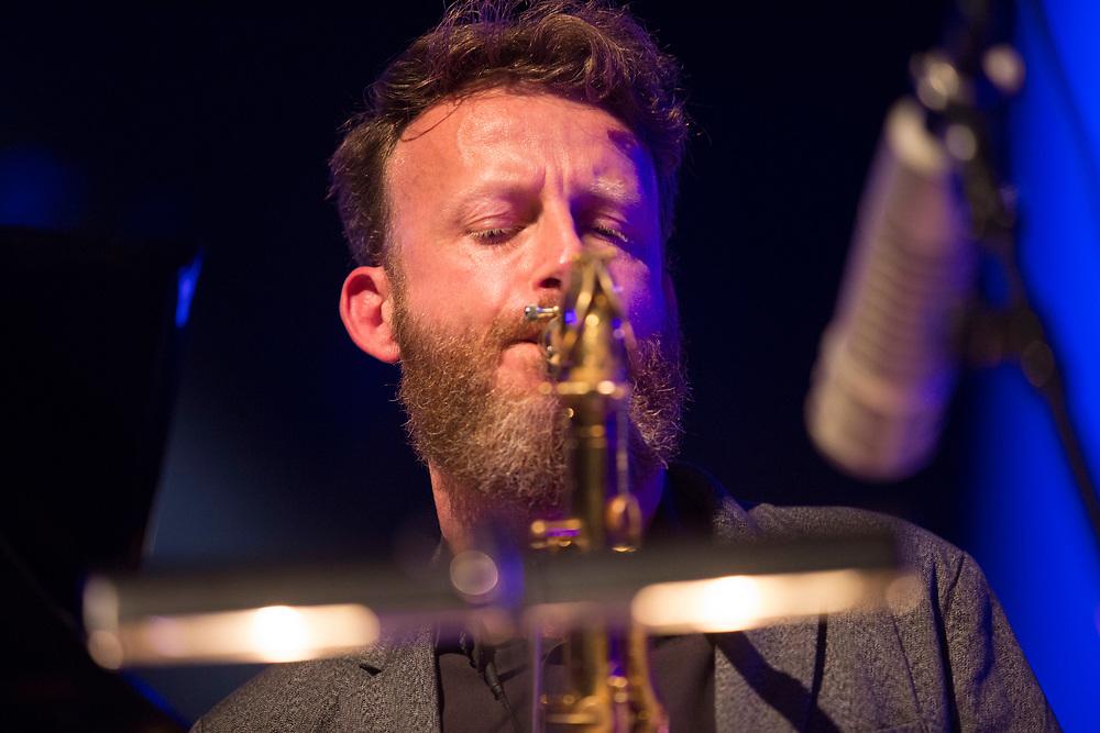 Frankfurt | Hessen | Deutschland | 28.10.2017: Das 48. Deutsche Jazzfestival Frankfurt 2017<br /> <br /> hier: B&auml;nz Oester &amp; The Rainmakers<br /> <br /> Nicolas Masson | Tenor Saxophone<br /> Afrika Mkhize | Piano<br /> Ayanda Sikade | Drums<br /> B&auml;nz Oester | Bass<br /> <br /> <br />  <br /> Sascha Rheker<br /> 20171028<br /> <br /> [Inhaltsveraendernde Manipulation des Fotos nur nach ausdruecklicher Genehmigung des Fotografen. Vereinbarungen ueber Abtretung von Persoenlichkeitsrechten/Model Release der abgebildeten Person/Personen liegt/liegen nicht vor.]