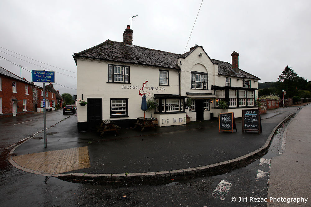 UK ENGLAND HURSTBOURNE TARRANT 9SEP16 - The George and Dragon pub in Hurstbourne Tarrant, westcountry, England.<br /> <br /> jre/Photo by Jiri Rezac<br /> <br /> © Jiri Rezac 2016