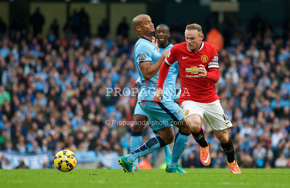 MANCHESTER, ENGLAND - Sunday, November 2, 2014: Manchester United's Wayne Rooney in action against Manchester City during the Premier League match at the City of Manchester Stadium. (Pic by David Rawcliffe/Propaganda)