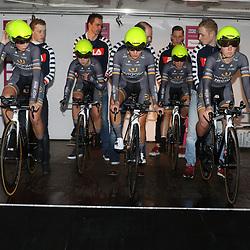 GRONINGEN (NED) wielrennen<br />De zesde editie van de Energiewachttour voor vrouwen ging van start met een ploegentijdrit met start en finish op de Vismarkt<br />Wiggle-High5