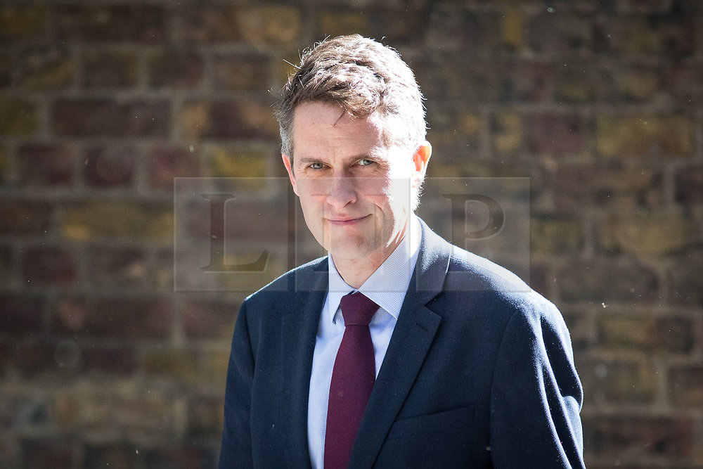 © Licensed to London News Pictures. 01/05/2018. London, UK. Defence Secretary Gavin Williamson arriving in Downing Street to attend a Cabinet meeting this morning. Cabinet positions have recently shuffled around, following Amber Rudd's resignation as Home Secretary, following the Windrush scandal. Photo credit : Tom Nicholson/LNP