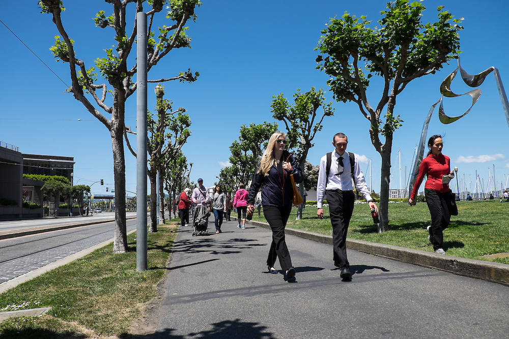 Crowds on the Embarcadero Promenade near Pier 39 | May 6, 2014