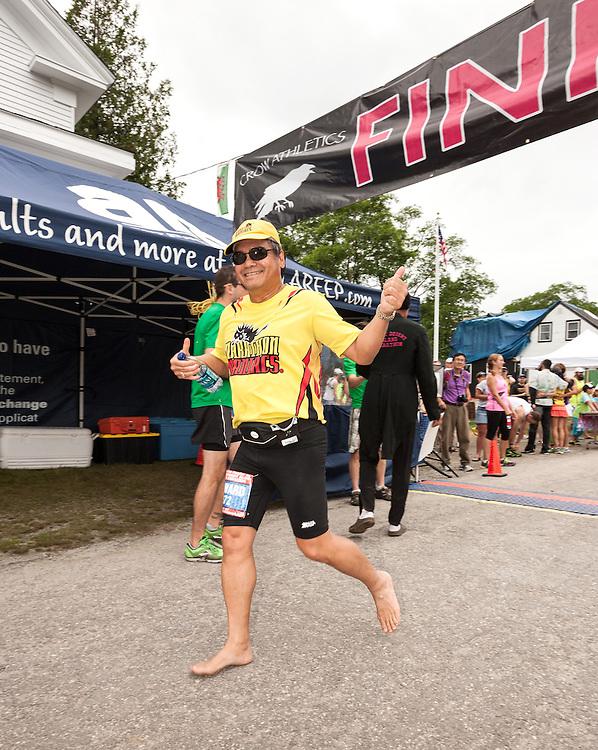 Great Cranberry Island Ultra 50K road race: Edward Vega, barefoot runner
