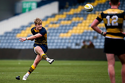 Fin Smith of Worcester Warriors U18 - Mandatory by-line: Robbie Stephenson/JMP - 28/12/2019 - RUGBY - Sixways Stadium - Worcester, England - Worcester Warriors U18 v Wasps U18 - Premiership U18 Academy