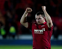 Scarlets' Ken Owens celebrates the win<br /> <br /> Photographer Simon King/Replay Images<br /> <br /> European Rugby Champions Cup Round 6 - Scarlets v Toulon - Saturday 20th January 2018 - Parc Y Scarlets - Llanelli<br /> <br /> World Copyright © Replay Images . All rights reserved. info@replayimages.co.uk - http://replayimages.co.uk