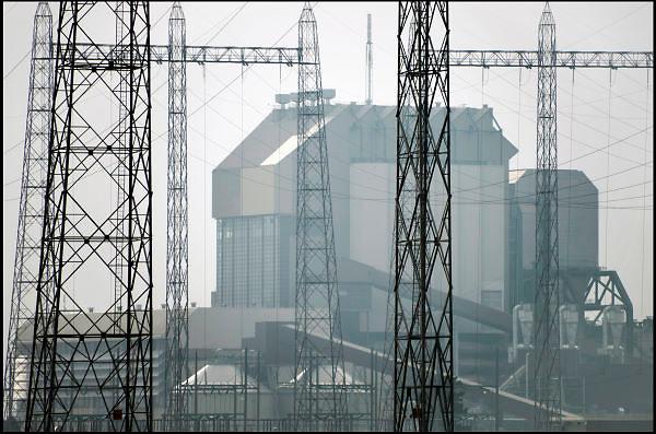 Nederland, Nijmegen, 1-3-2013De elektriciteitscentrale van Electrabel, onderdeel van GDF SUEZ Energie Nederland.Foto: Flip Franssen/Hollandse Hoogte