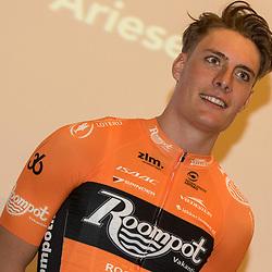 05-01-2018: Wielrennen: Presentatie Team Roompot: Rotterdam <br />Tim Ariesen