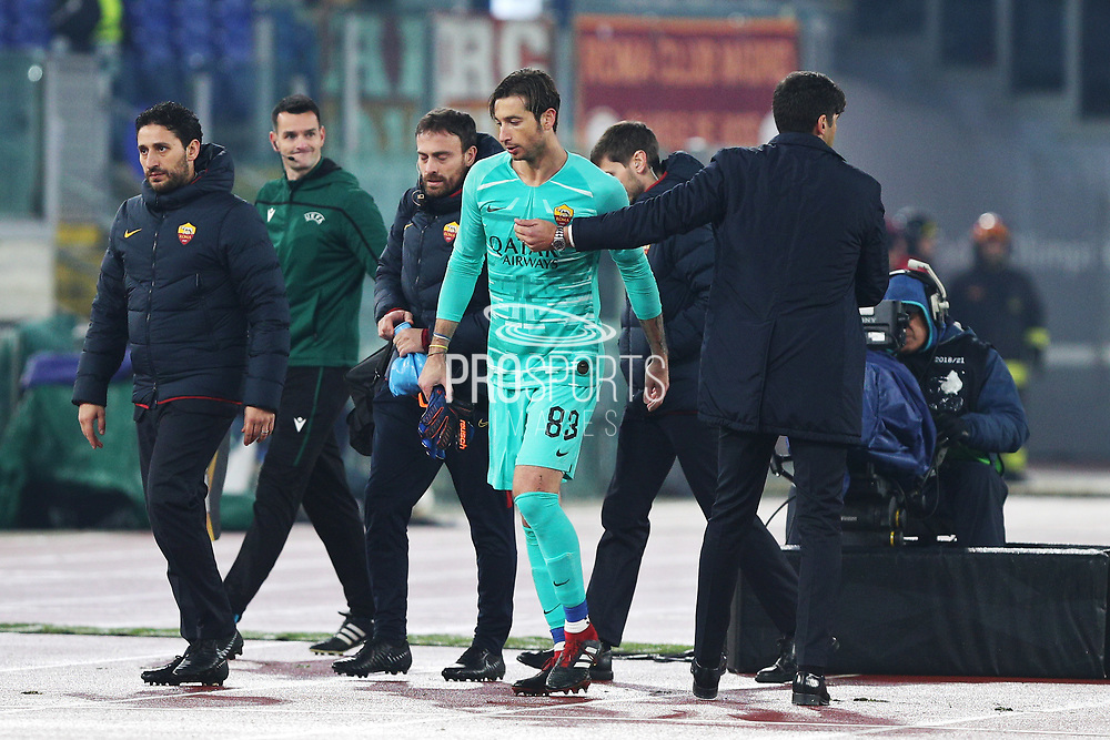 Roma goalkeeper Antonio Mirante leaves the pitch after an injury during the UEFA Europa League, Group J football match between AS Roma and Wolfsberg AC on December 12, 2019 at Stadio Olimpico in Rome, Italy - Photo Federico Proietti / ProSportsImages / DPPI