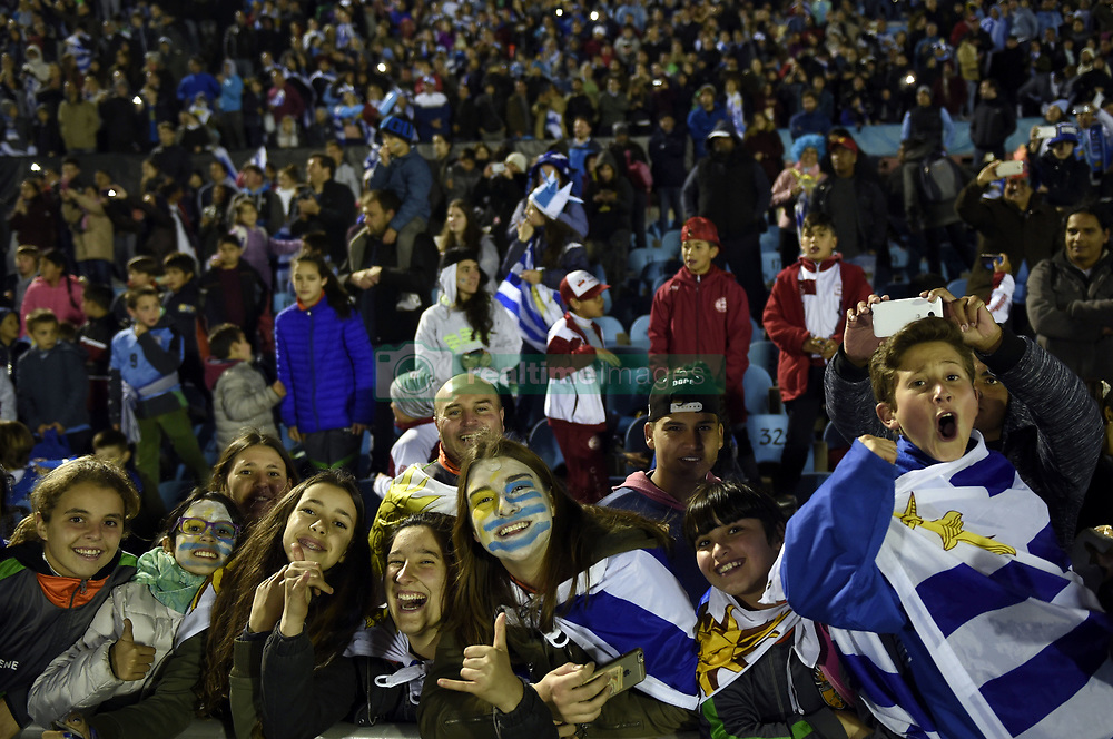 MONTEVIDEO, Oct. 11, 2017  Uruguay's fans celebrate after the Russia 2018 FIFA World Cup qualifier match against Bolivia, at Centenario stadium, in Montevideo, Uruguay, on Oct. 10, 2017. Uruguay won 4-2.  ma) (da) (Credit Image: © [E]Nicolas Celaya/Xinhua via ZUMA Wire)