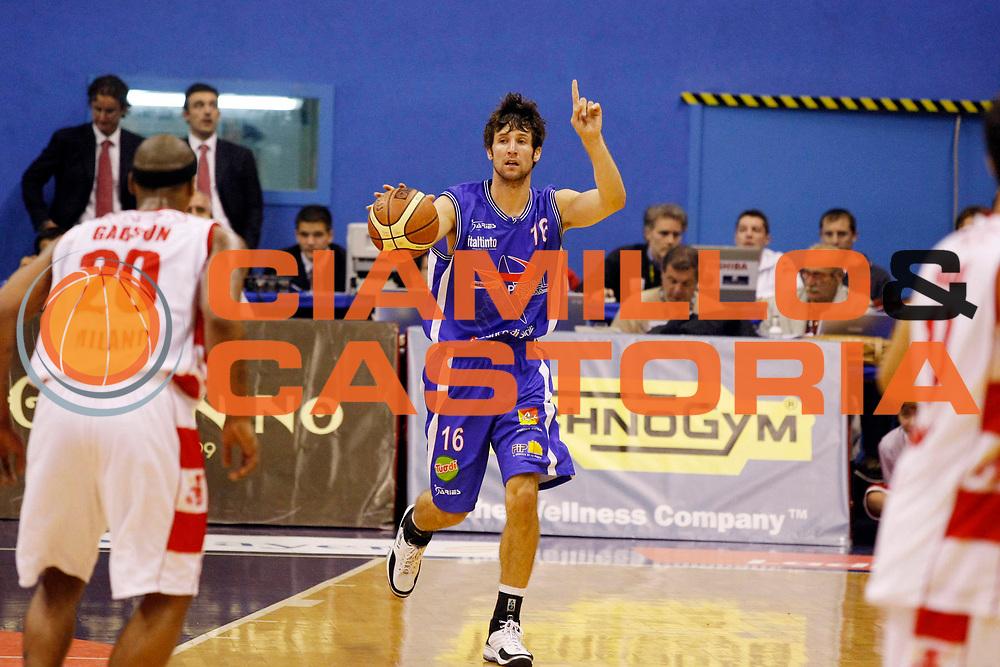 DESCRIZIONE : Milano Lega A1 2007-08 Armani Jeans Milano Pierrel Capo d'Orlando<br /> GIOCATORE : Drake Diener<br /> SQUADRA : Pierrel Capo d'Orlando<br /> EVENTO : Campionato Lega A1 2007-2008<br /> GARA : Armani Jeans Milano Pierrel Capo d'Orlando<br /> DATA : 18/10/2007<br /> CATEGORIA : Palleggio<br /> SPORT : Pallacanestro<br /> AUTORE : Agenzia Ciamillo-Castoria/G.Cottini