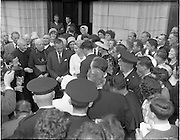 15/06/1961<br /> 06/15/1961<br /> 15 June 1961<br /> <br /> A Royal Visit to Ireland by Princess Grace and Prince Rainier of Monaco. The royal couple at Westport, Co. Mayo. Princess Grace being surrounded while her relatives were presenting her a Connemara marble chest.