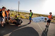 Iris Slappendel zit klaar voor de test. In Battle Mountain, Nevada, oefent het team op een weggetje. Het Human Power Team Delft en Amsterdam, dat bestaat uit studenten van de TU Delft en de VU Amsterdam, is in Amerika om tijdens de World Human Powered Speed Challenge in Nevada een poging te doen het wereldrecord snelfietsen voor vrouwen te verbreken met de VeloX 7, een gestroomlijnde ligfiets. Het record is met 121,44 km/h sinds 2009 in handen van de Francaise Barbara Buatois. De Canadees Todd Reichert is de snelste man met 144,17 km/h sinds 2016.<br /> <br /> With the VeloX 7, a special recumbent bike, the Human Power Team Delft and Amsterdam, consisting of students of the TU Delft and the VU Amsterdam, wants to set a new woman's world record cycling in September at the World Human Powered Speed Challenge in Nevada. The current speed record is 121,44 km/h, set in 2009 by Barbara Buatois. The fastest man is Todd Reichert with 144,17 km/h.