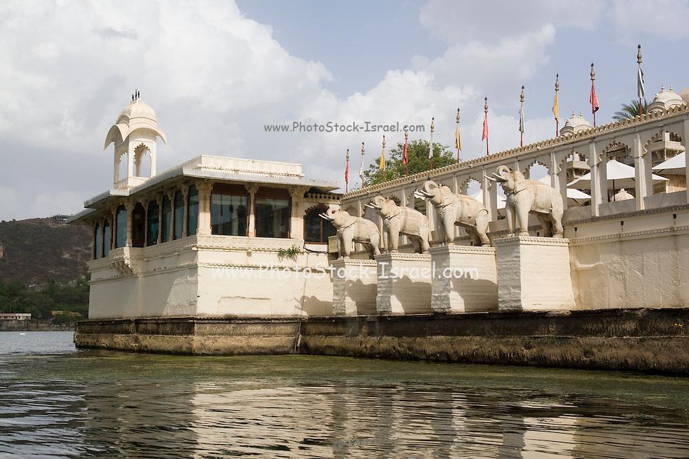 India, Rajasthan, Udaipur Jag Mandir palace in Lake Pichola