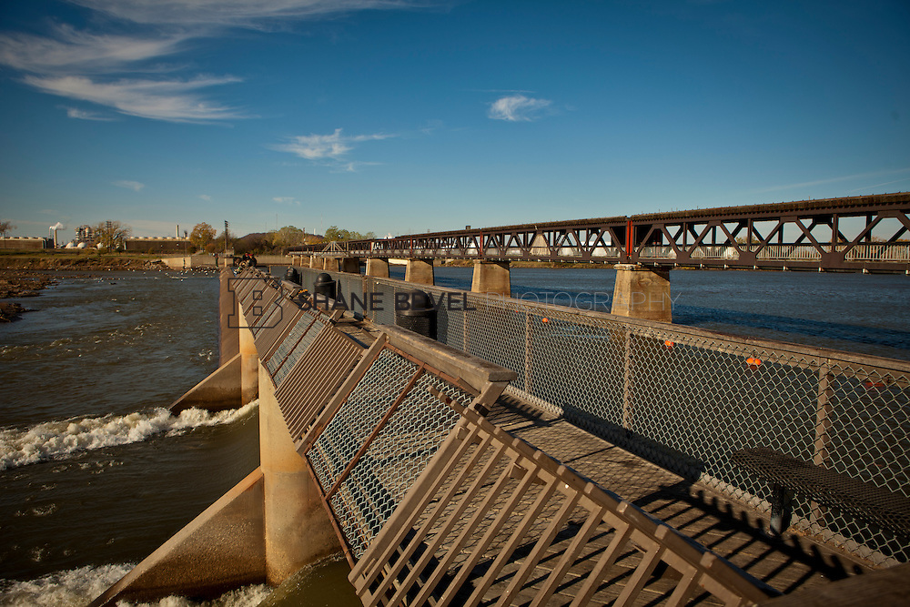 11/18/11 10:30:20 AM -- Riverside photos for Tulsa Community Foundation. ..Photo by Shane Bevel