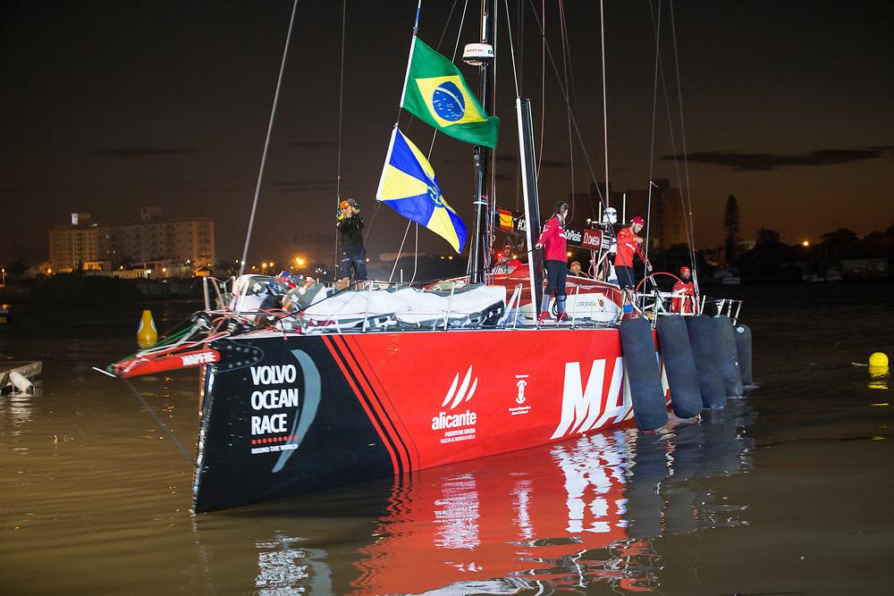 © Maria Muina I MAPFRE. MAPFRE arrive to itajaí from Auckland. / Llegada del MAPFRE a Itajaí tras la etapa 7.