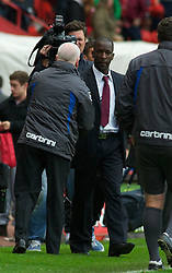 LONDON, ENGLAND - Saturday, October 8, 2011: Tranmere Rovers' Manager Les Parry and Charlton Athletic's Manager Chris Powell shake hands after seeing their sides draw 1-1 during the Football League One match at The Valley. (Pic by Gareth Davies/Propaganda)