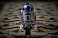 It was a rainy day, and the R2D2 USB port got loose. Image taken with a Fuji X-T1 camera and 56 mm f/1.2 lens (ISO 200, 56 mm, f/1.2, 1/40 sec).